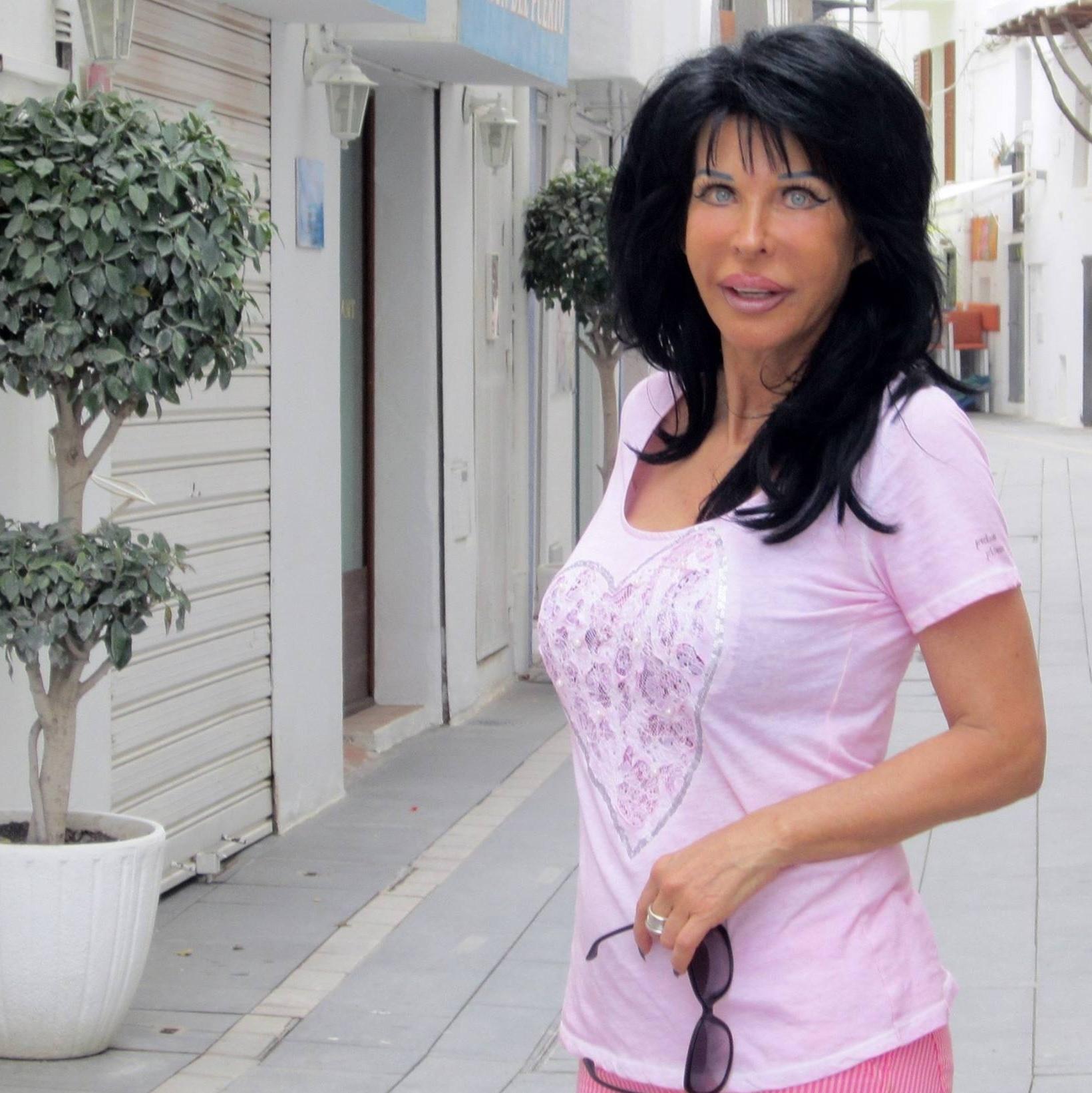 Carmen diaz Nude Photos 32