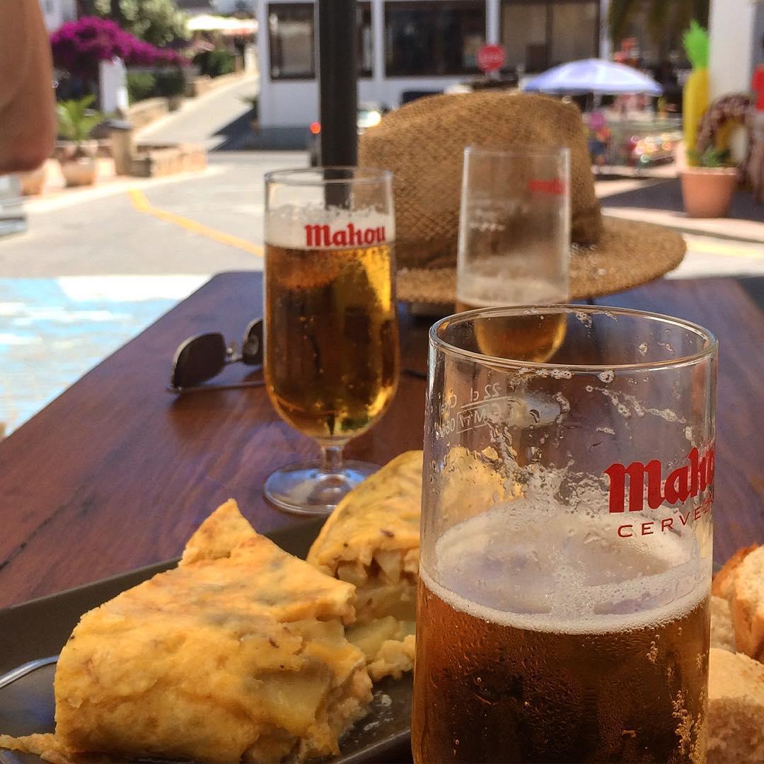 Siesta time in Sant Josep #siesta #tortilla #cerveza #instabeer #instafood #ibiza #santjosep #ibiza2017 #baleares #spain #enjoy #holiday #beerstagram #foodie #ibizadiary, Sant Josep de sa Talaia