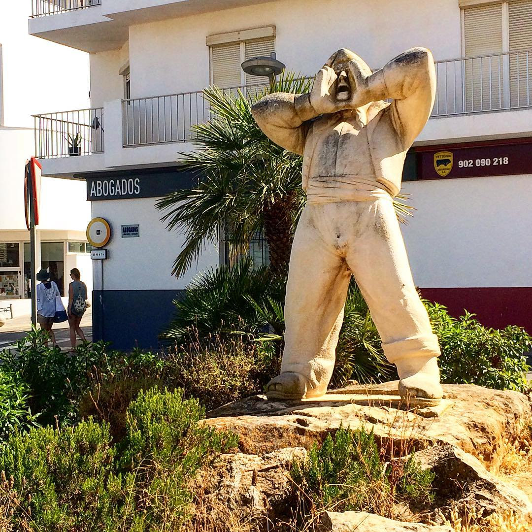 Helloooo from San Antonio 😄👨🏼🌾 #hello #goodmorning #morningglory #sanantonio #ibiza #statue #farmer #like #catalan #baleares #ibiza2017 #igers #like4like #shoutout #ibizadiary, SANT ANTONI DE PORTMANY, Spain