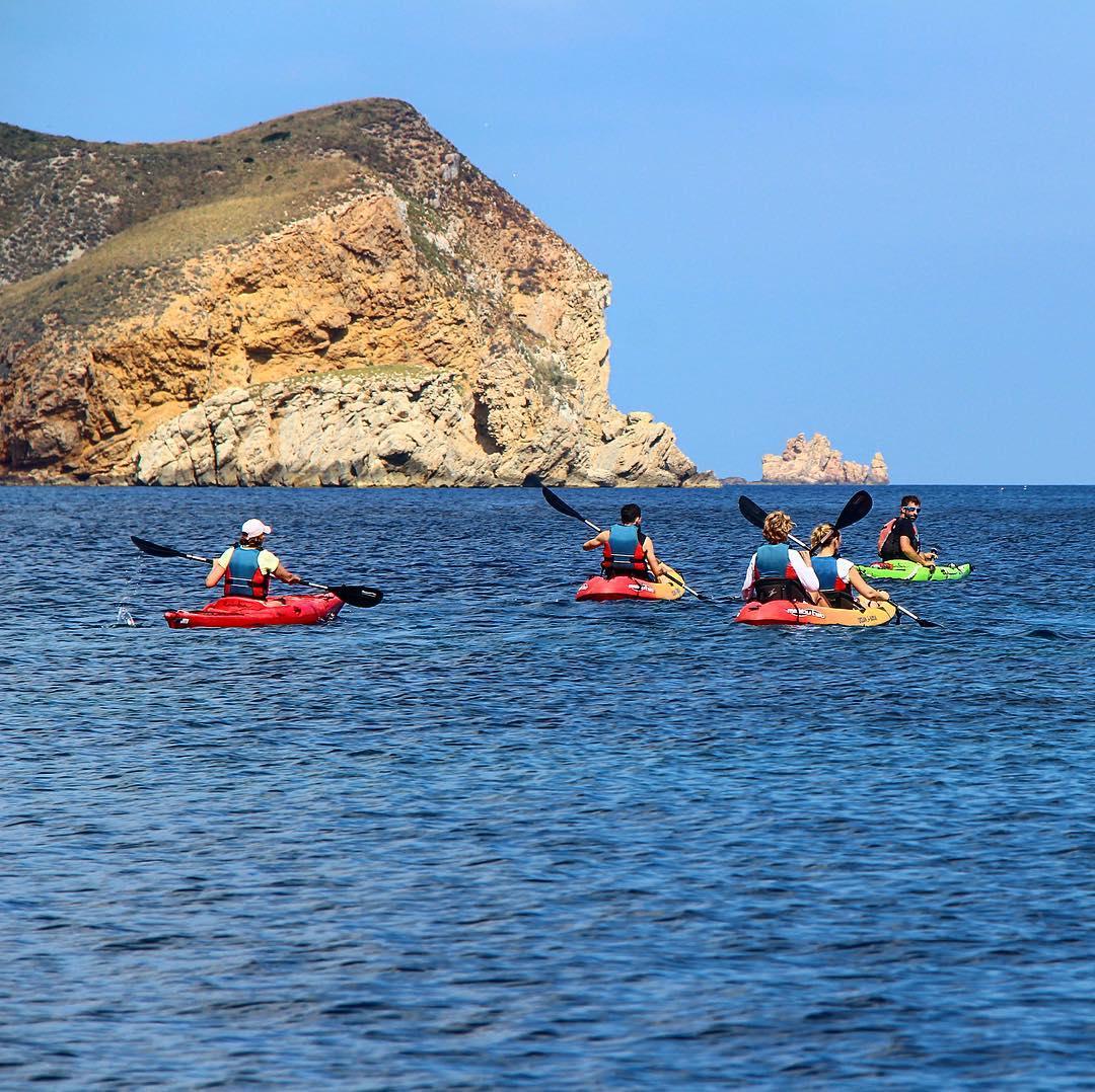 Exploring Ibizas coastline by kayak 🚣🏼♀️🌍 #ibiza #kayak #kayaking #watersports #water #agua #ocean #sports #coastlinesfinest #picoftheday #holiday #instasport #ibiza2017 #igersespaña #ibizadiary #kayakibiza, Illa des Bosc