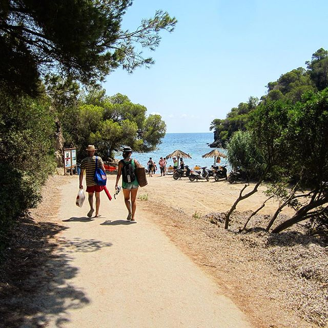On the way to the beach  Best way to start into the weekend  #weekend #beachtime #playa #ibizaplaya #playaespaña #españa #instabeach #beachboy #beachgirl #calamastella #seaview #relax #ibiza2018 #ibizadiary #igersspain, Cala Mastella