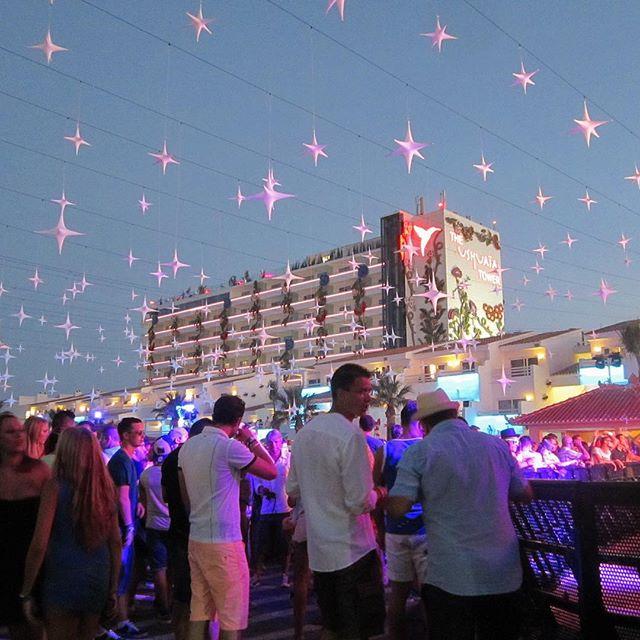 Summertime! Partytime! Have fun on the dancefloors of Ibiza!  #summertime #ibiza #dance #holiday #party #goodtimes #ibiza2018 #igersibiza #ushuaia  #ibizadiary , Ushuaïa Ibiza Beach Hotel