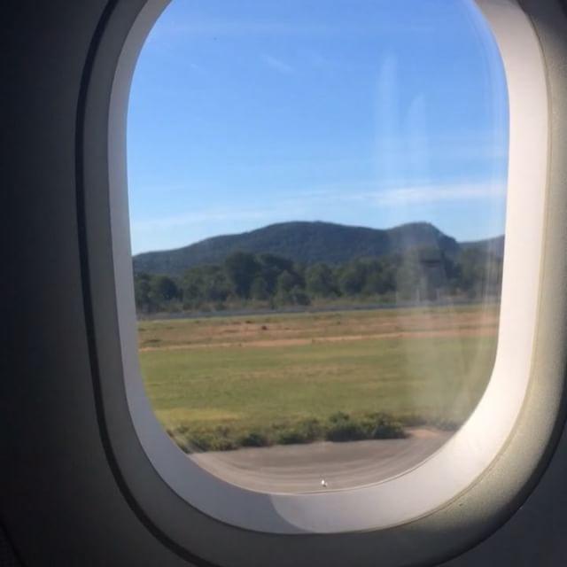 Welcome to the airport of Ibiza 🛬 #ibiza #airport #arrival #touchdown #hello @laudamotion @momondo #ibiza2018 #holiday #flight #plain #bestmoment #instatravel @flightclub @holiday @holidaypirates #ibizadiary, Ibiza Airport