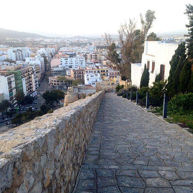 Old vs. New! View from the historical part of Dalt Villa down to the houses of the modern era  #houses #ibiza #modern #old  #architecture #daltvila #eivissa #view #instagood #instatravel #instadaily #baleares #differenttimes #historical #ibiza2018 #ibizadiary, Dalt Vila, Ibiza