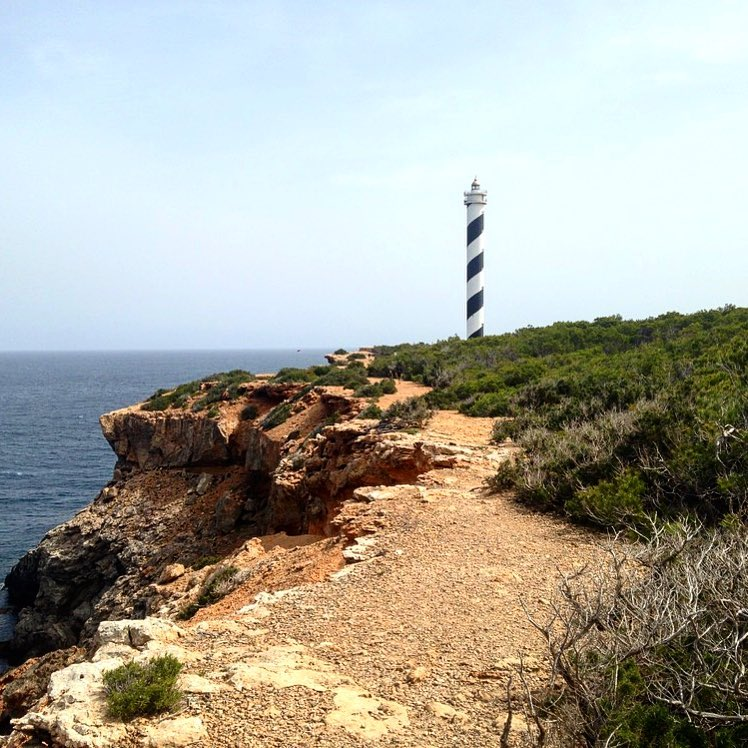 Hiking tour to the most northern place of the island! The lighthouse of Portinatx. ☀️ #lighthouse #faro #ibiza #portinatx #nature #instaibiza #instahike @hike_the_world_ #hiketheworld #baleares #ibizanature #ibizaoutdoor #ibizadiary, Faro de Portinatx