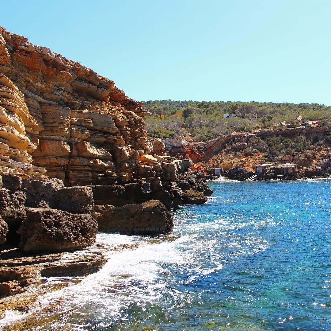 New week, new beachspot! Happy Monday to all of you! #beach #monday #lunes 😎 #Ibiza #ibizabeach @worlds_beaches #water #agua #relax #chillout #ocean #nature #secretspot #meditation @secret.ibiza #ibizdiary, Punta Galera